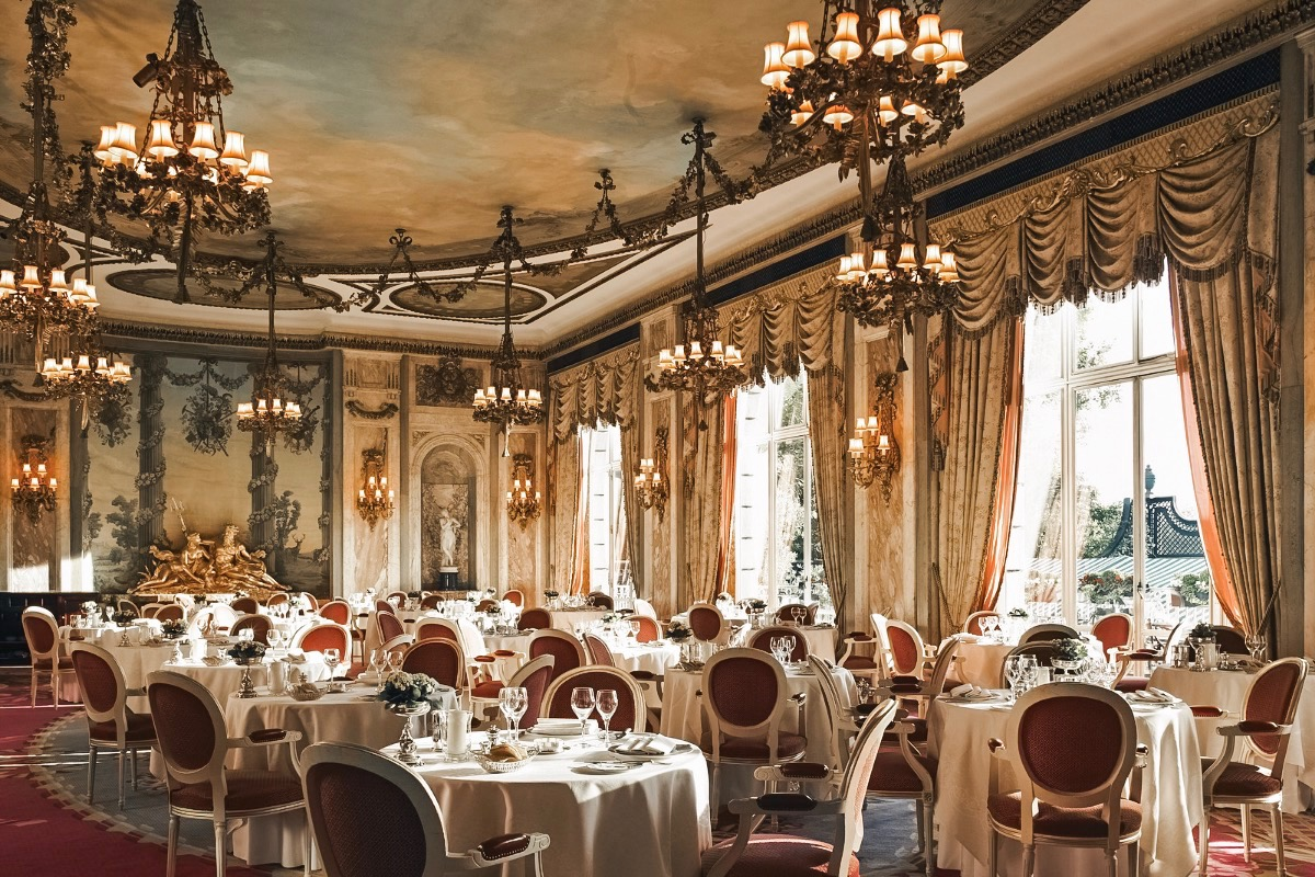 Feast on London at The Ritz: The Ultimate Dinner Indulgence